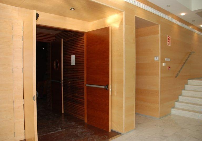 Puertas acústicas