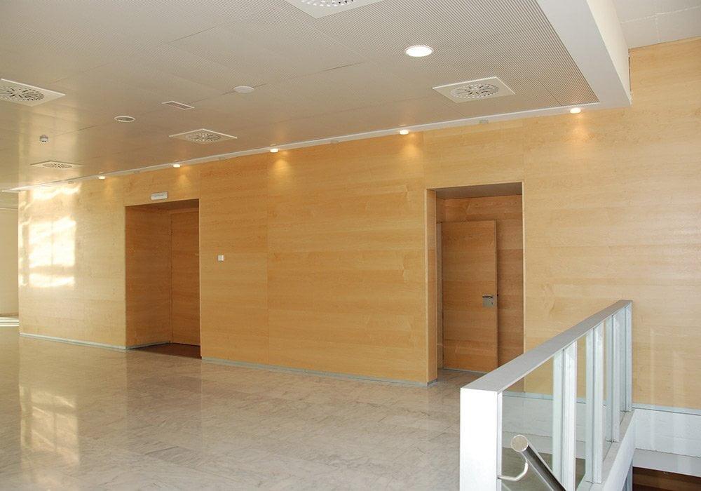 puertas centros educativos fenolicas