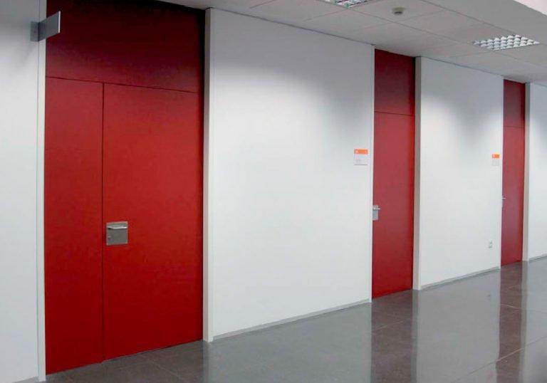 Puertas HPL Fenólicas rojas